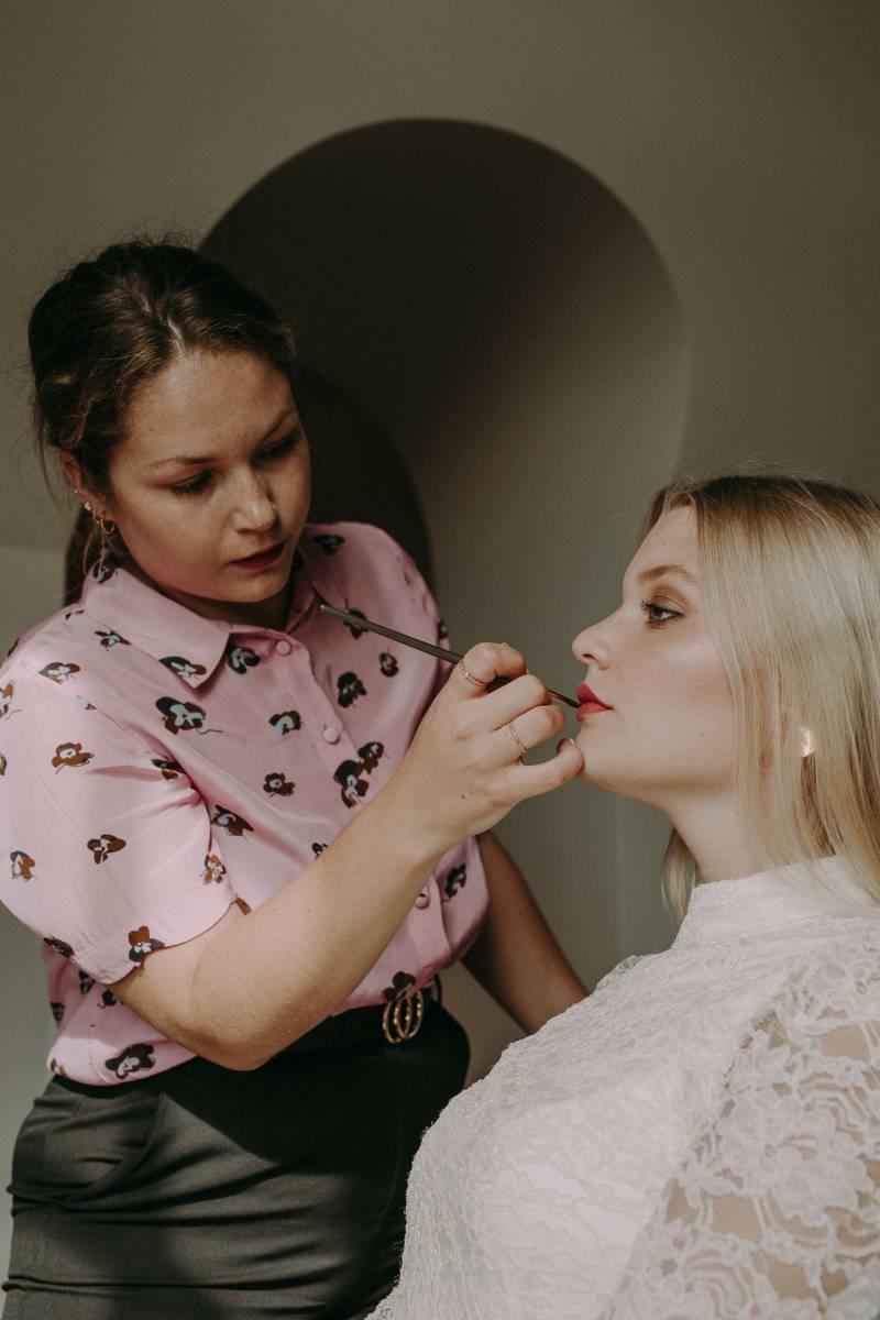 Alissia Porez - byalisSmall-7 - Modellen Alissia & Lunah Lezy - Fotograaf Isabel Vanhalst  - House of Weddings
