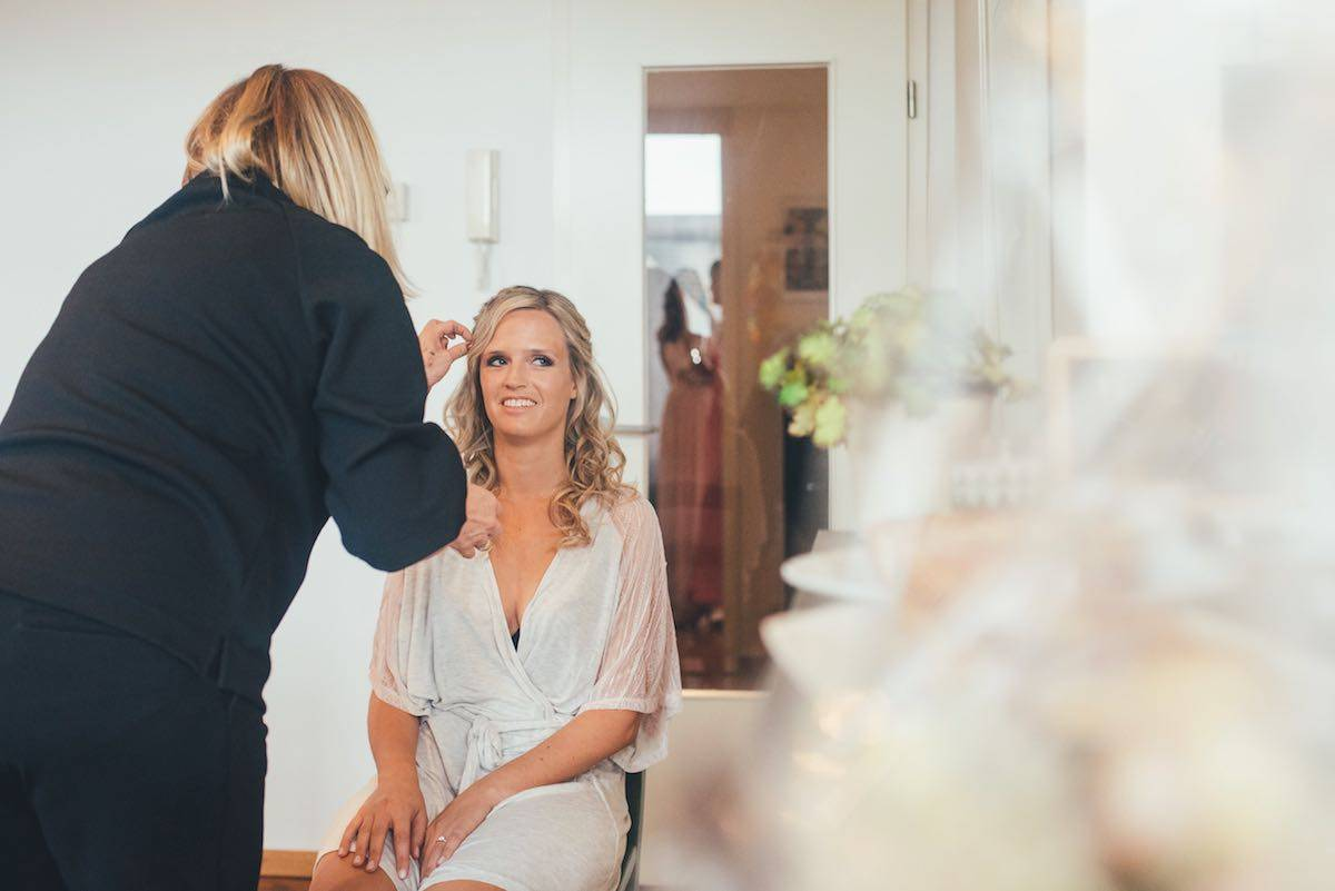 Be a Pineapple Hair and Make up - House of Weddings - 11