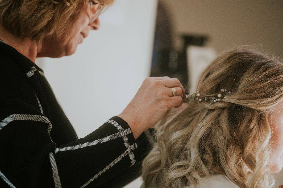 Be a Pineapple Hair and Make up - House of Weddings - 9