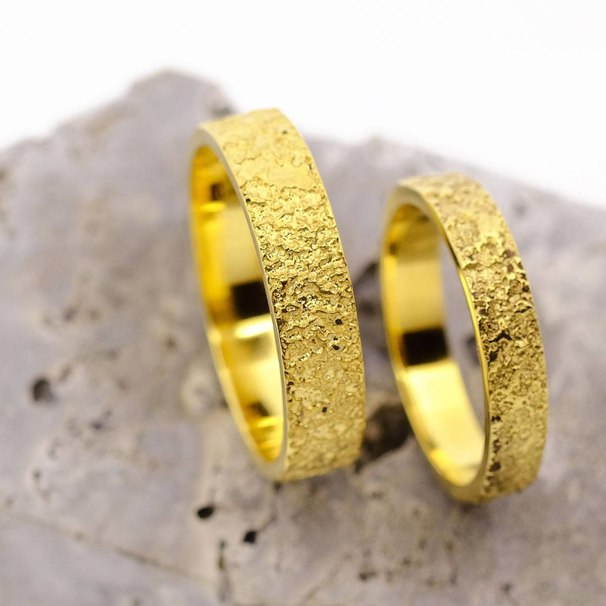 Jonas Maes Jewels - Juwelen - Bruidsjuwelen - Verlovingsring - Trouwring - House of Weddings - 4