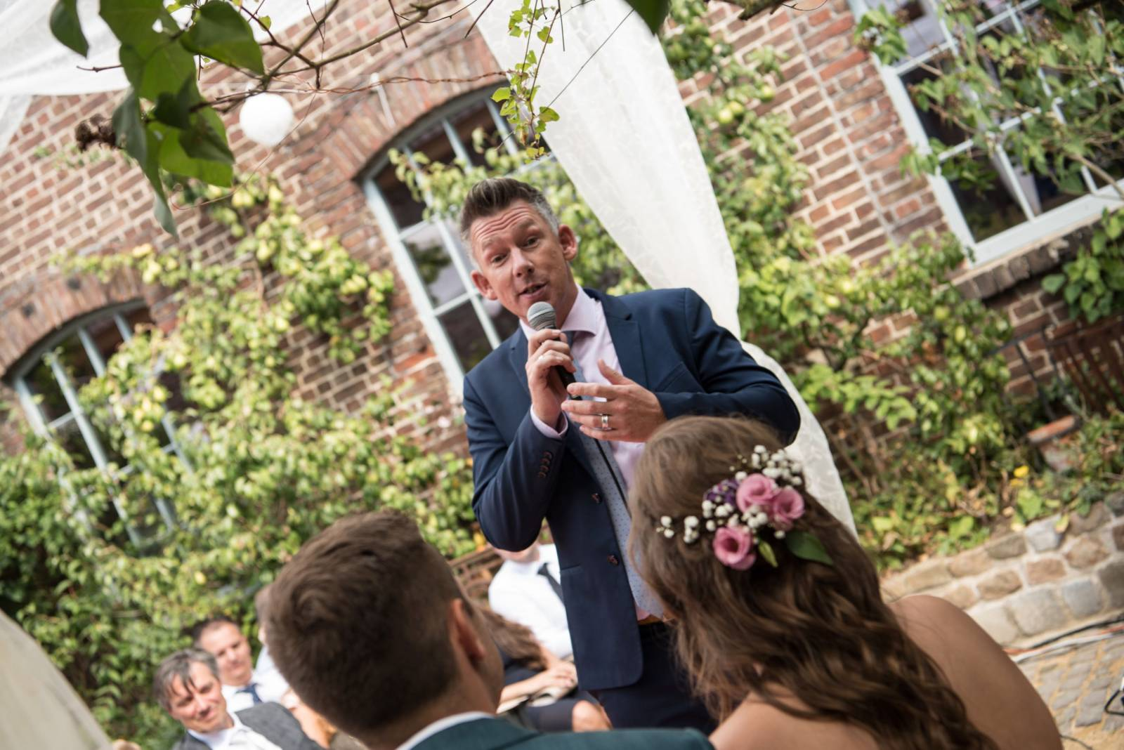 Live 4 Love - Ceremoniespreker - House of Weddings - 25
