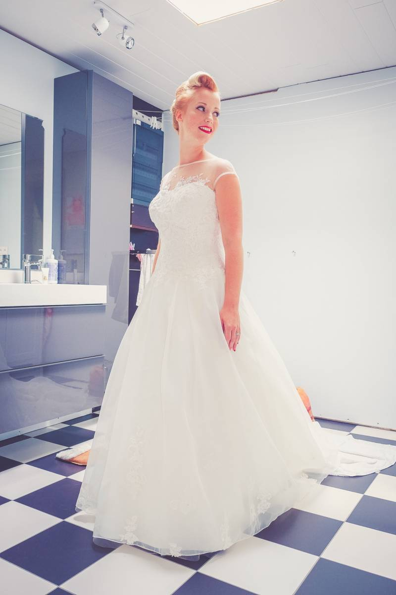 Michèle Feyaerts - Bruidskapsel - Bruidsmake-up - House of Weddings - 1