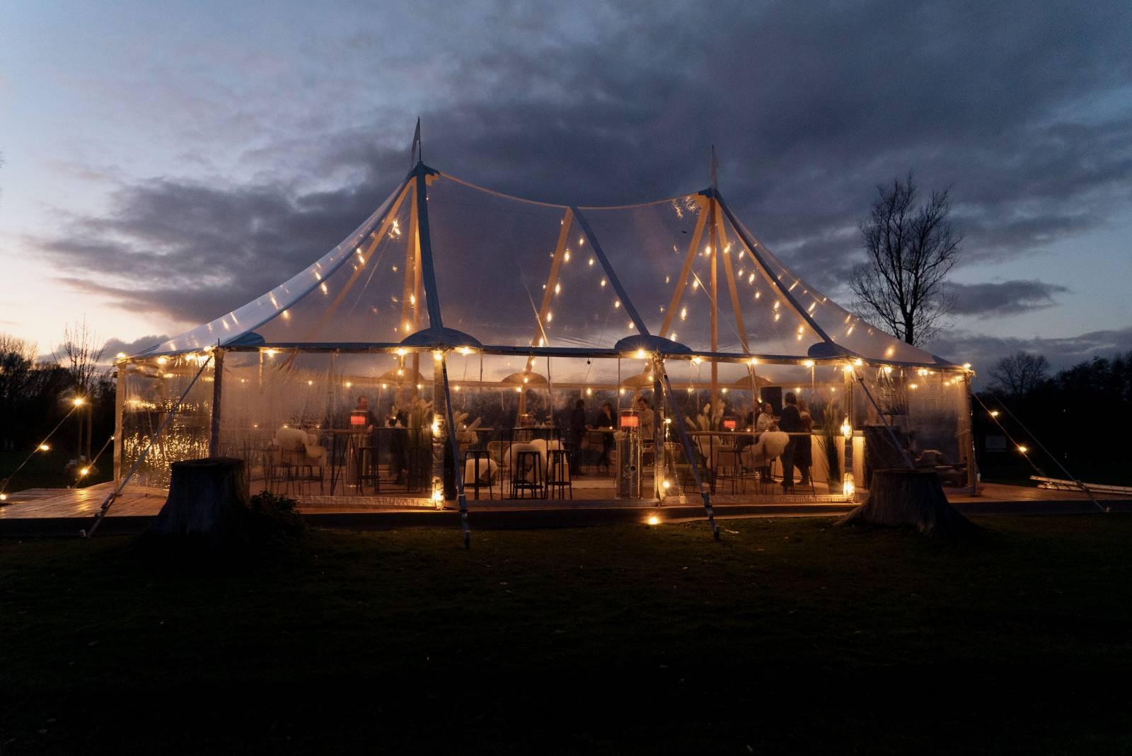 2VRent 11 - House of Weddings