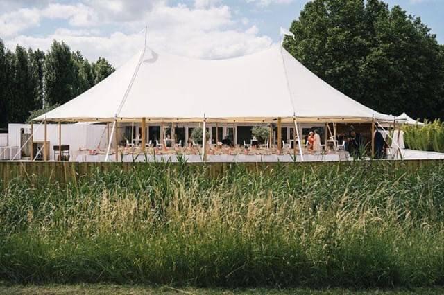 2VRent 3 - House of Weddings