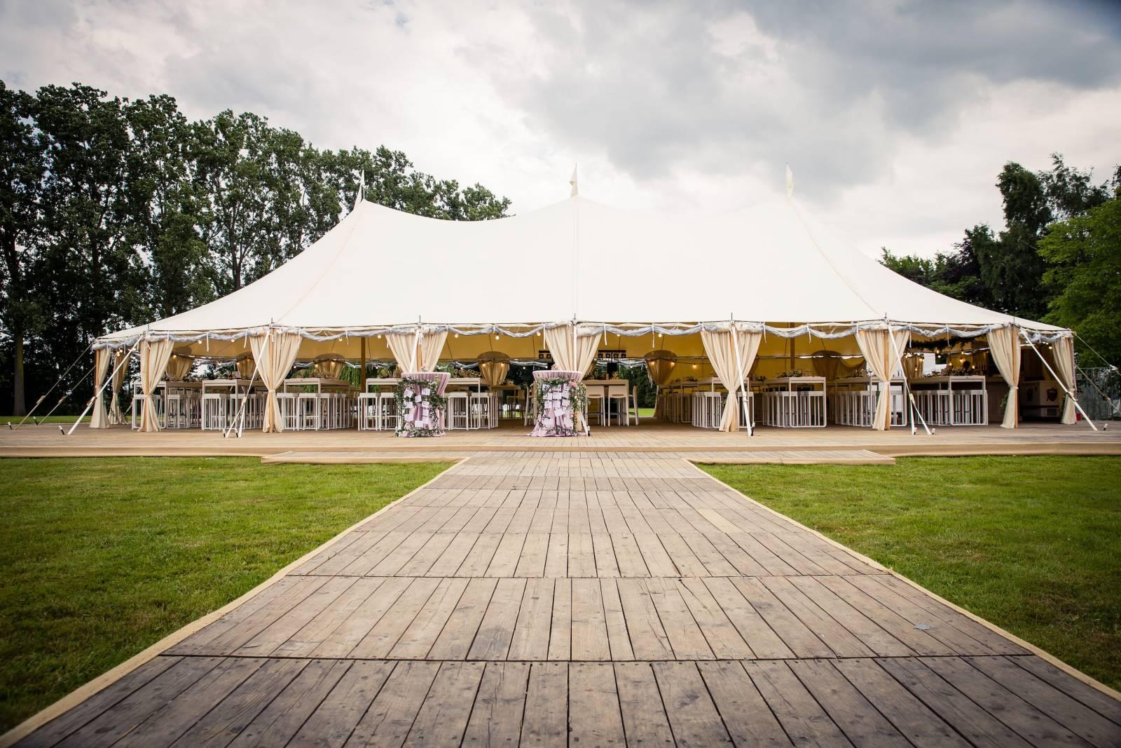2VRent 6 - House of Weddings