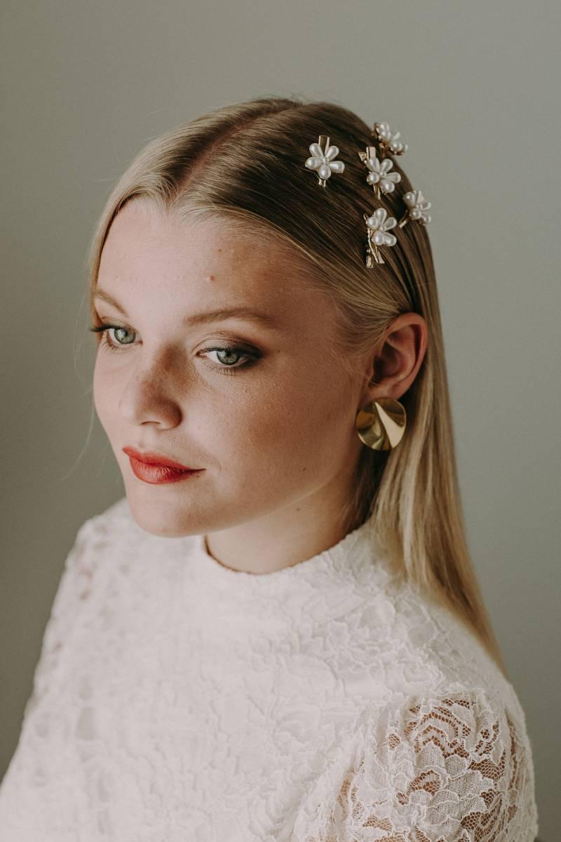 Alissia Porez - byalisSmall-40 - Modellen Alissia & Lunah Lezy - Fotograaf Isabel Vanhalst  - House of Weddings