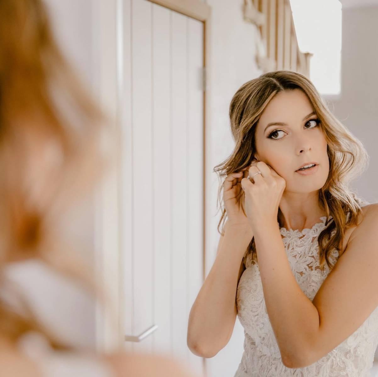 Anske Van Acker Make-up & Hair - Fotograaf Lux visual storytellers ( AnderssonsWeddings ) - House of Weddings - 2