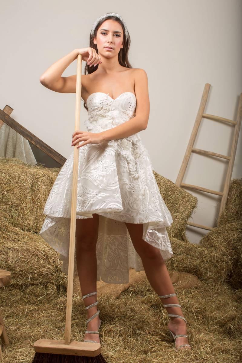 Atelier ExC - Trouwjurken - Bruidsjurken - Bruidswinkel - Bruidsmodewinkel - House of Weddings - 139