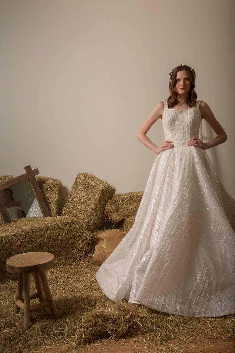 Atelier ExC - Trouwjurken - Bruidsjurken - Bruidswinkel - Bruidsmodewinkel - House of Weddings - 23