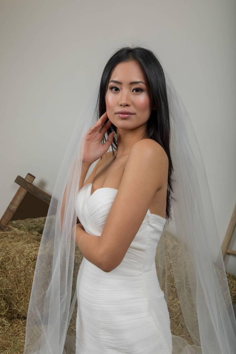 Atelier ExC - Trouwjurken - Bruidsjurken - Bruidswinkel - Bruidsmodewinkel - House of Weddings - 310