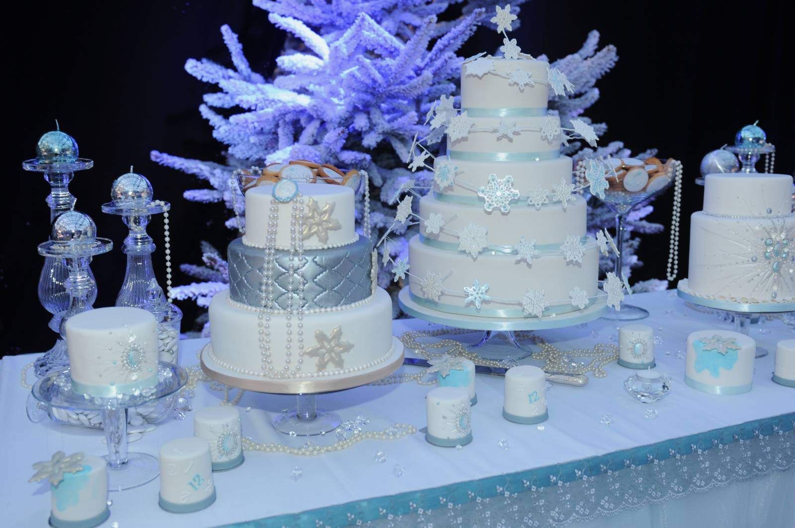 Be Your Guest - Wedding Planner - House of Weddings01-WEDDING CAKE-2012-ClicArts