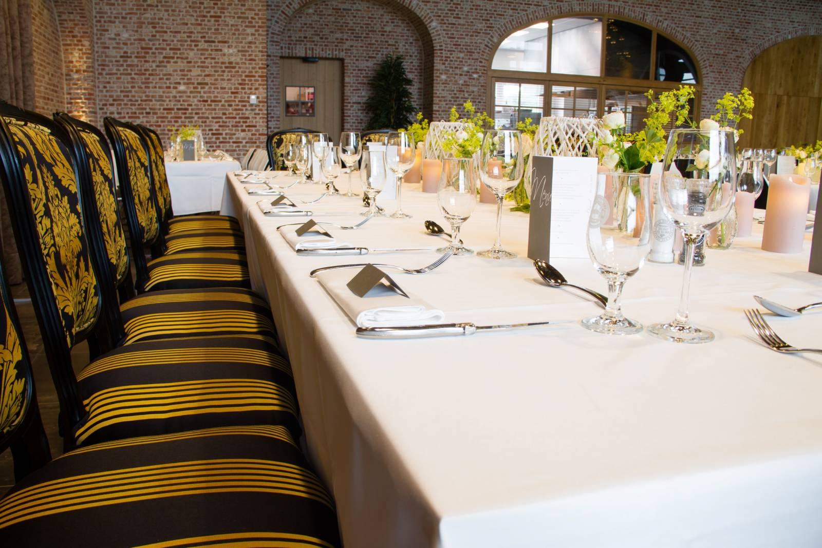 Bierkasteel House of Weddings Feestzaal West Vlaanderen grote capaciteit izegem ceremonie dansfeest exclusief huwelijk (10)