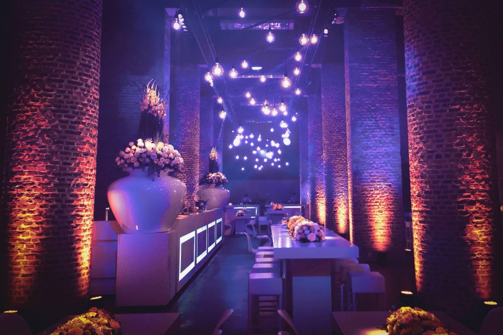 Blue Moon Team - Licht & Geluid Huwelijk Trouw Bruiloft - House of Weddings - 16