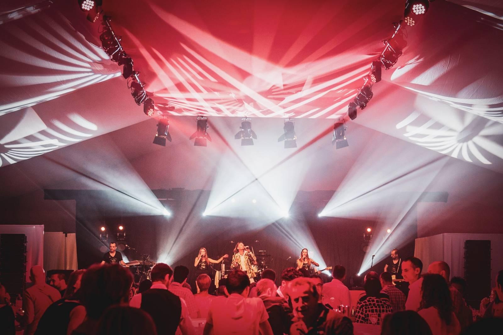 Blue Moon Team - Licht & Geluid Huwelijk Trouw Bruiloft - House of Weddings - 21