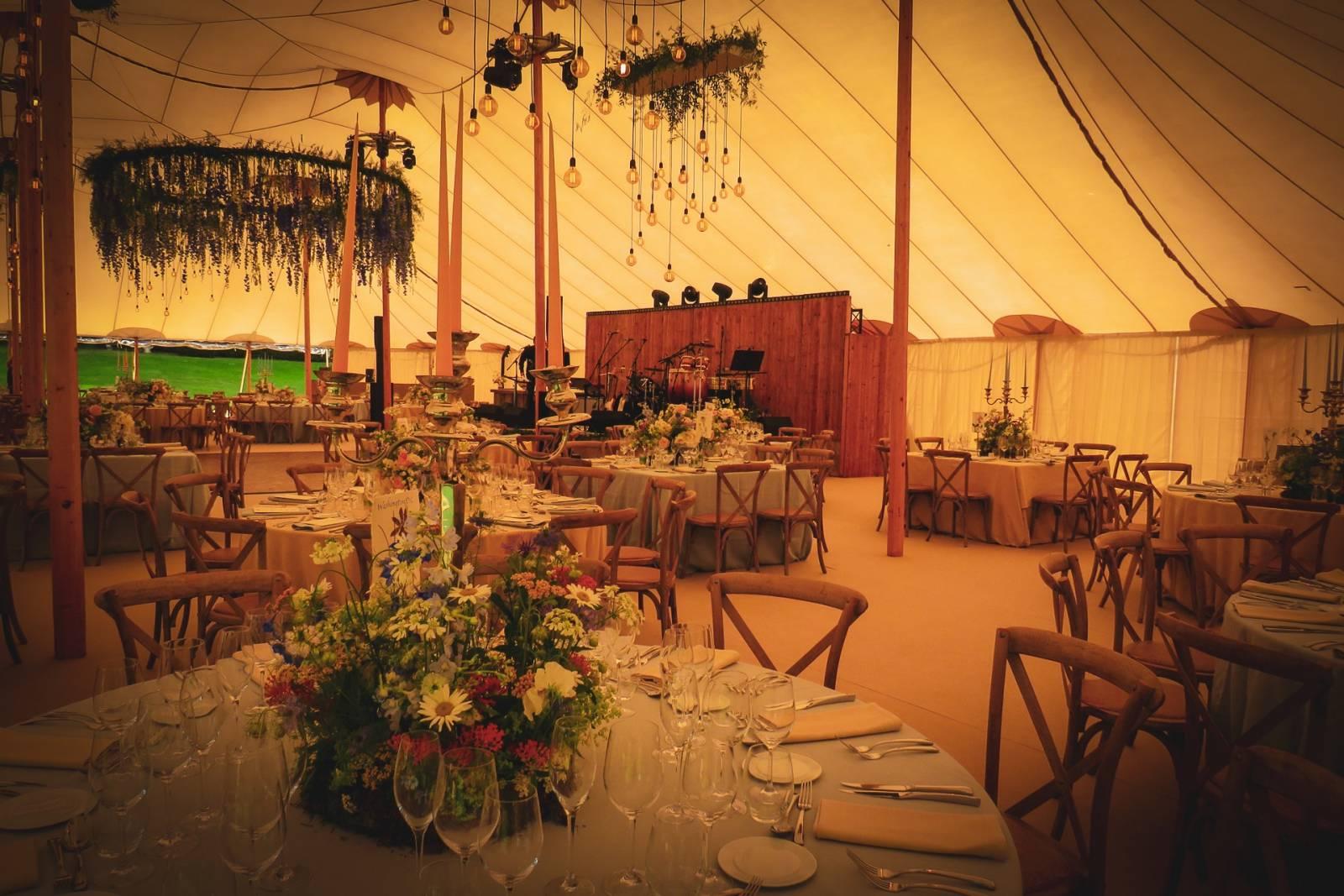 Blue Moon Team - Licht & Geluid Huwelijk Trouw Bruiloft - House of Weddings - 28
