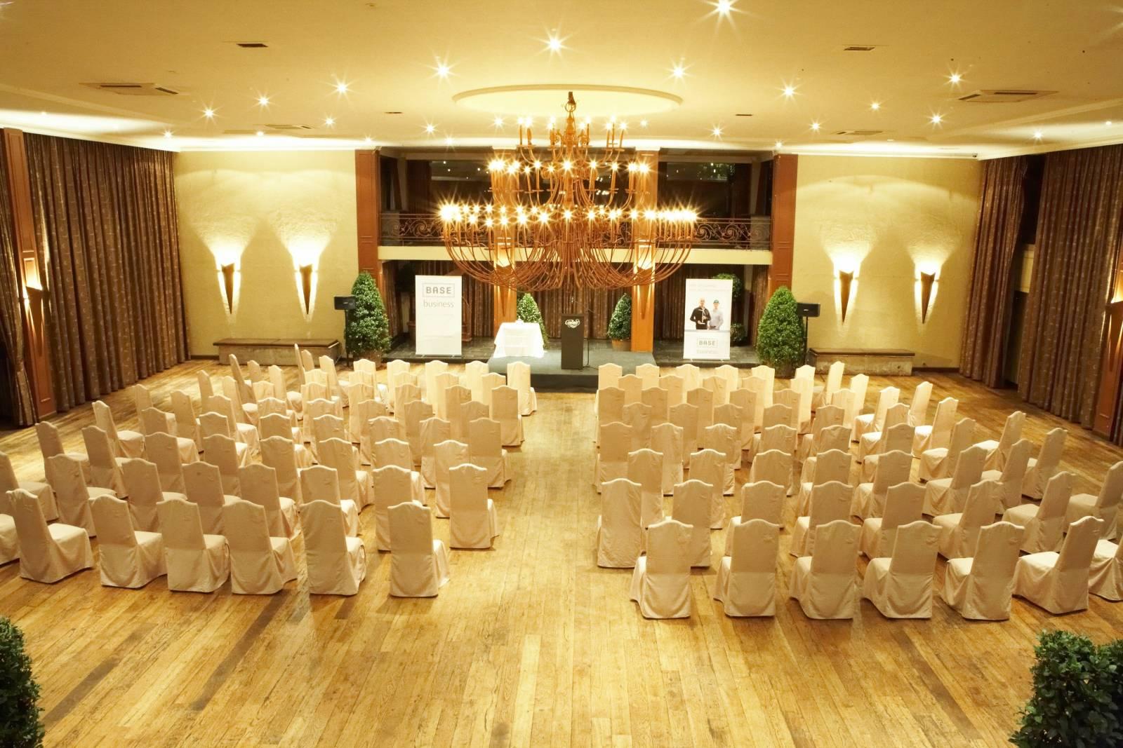 Cortina Wevelgem - Feestzaal - House of Weddings (7)