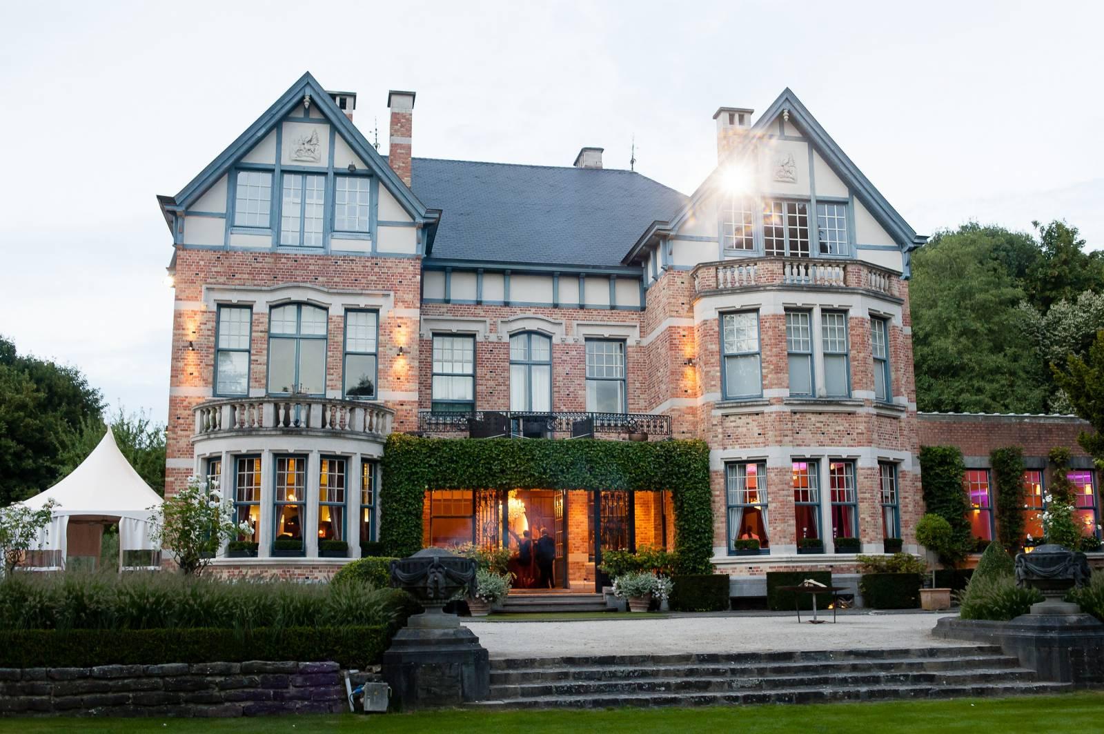 Domein Saint-Hubert - House of Weddings - Feestzaal Oost-Vlaanderen - Ronse - huwelijk - ceremonie cateri (19)