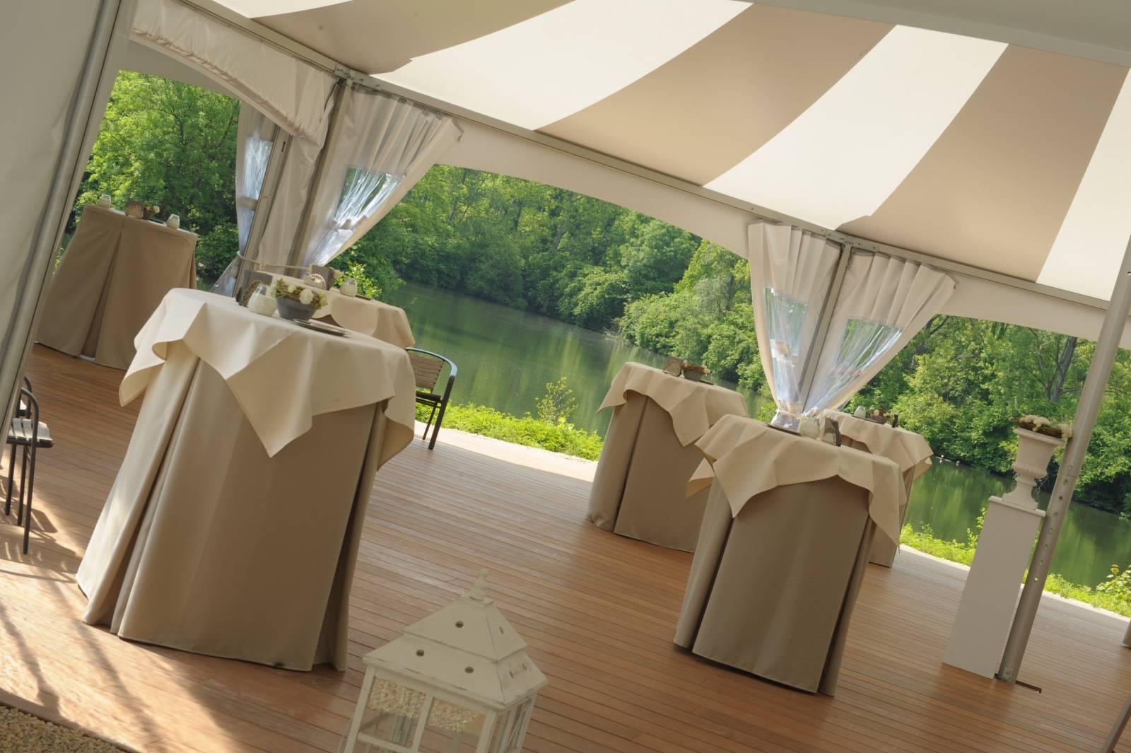 Domein Saint-Hubert - House of Weddings - Feestzaal Oost-Vlaanderen - Ronse - huwelijk - ceremonie cateri (24)