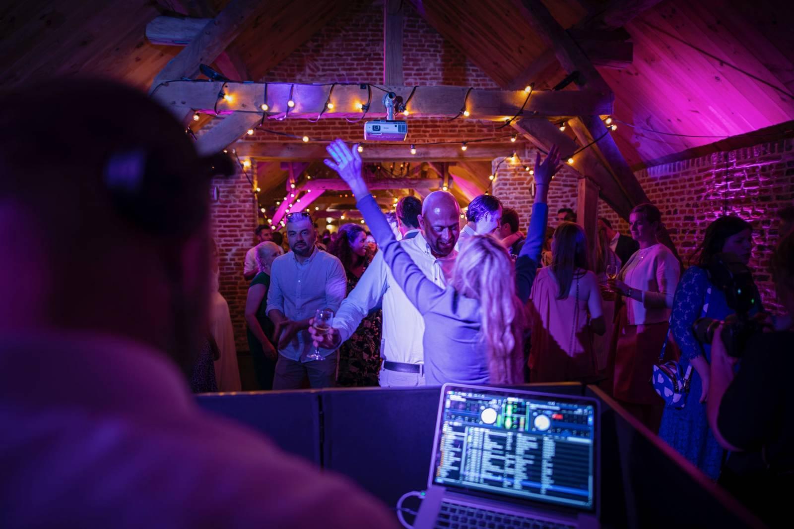 FEEST! - DJ - House of Weddings - 15