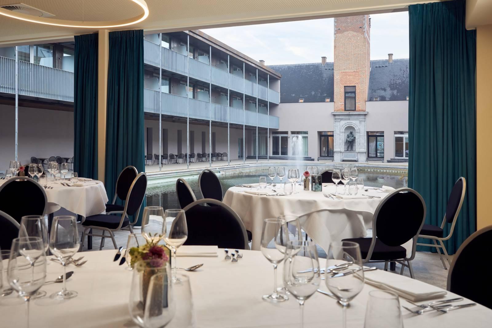 Feestal - Van der Valk hotel Mechelen - House of Weddings (12)