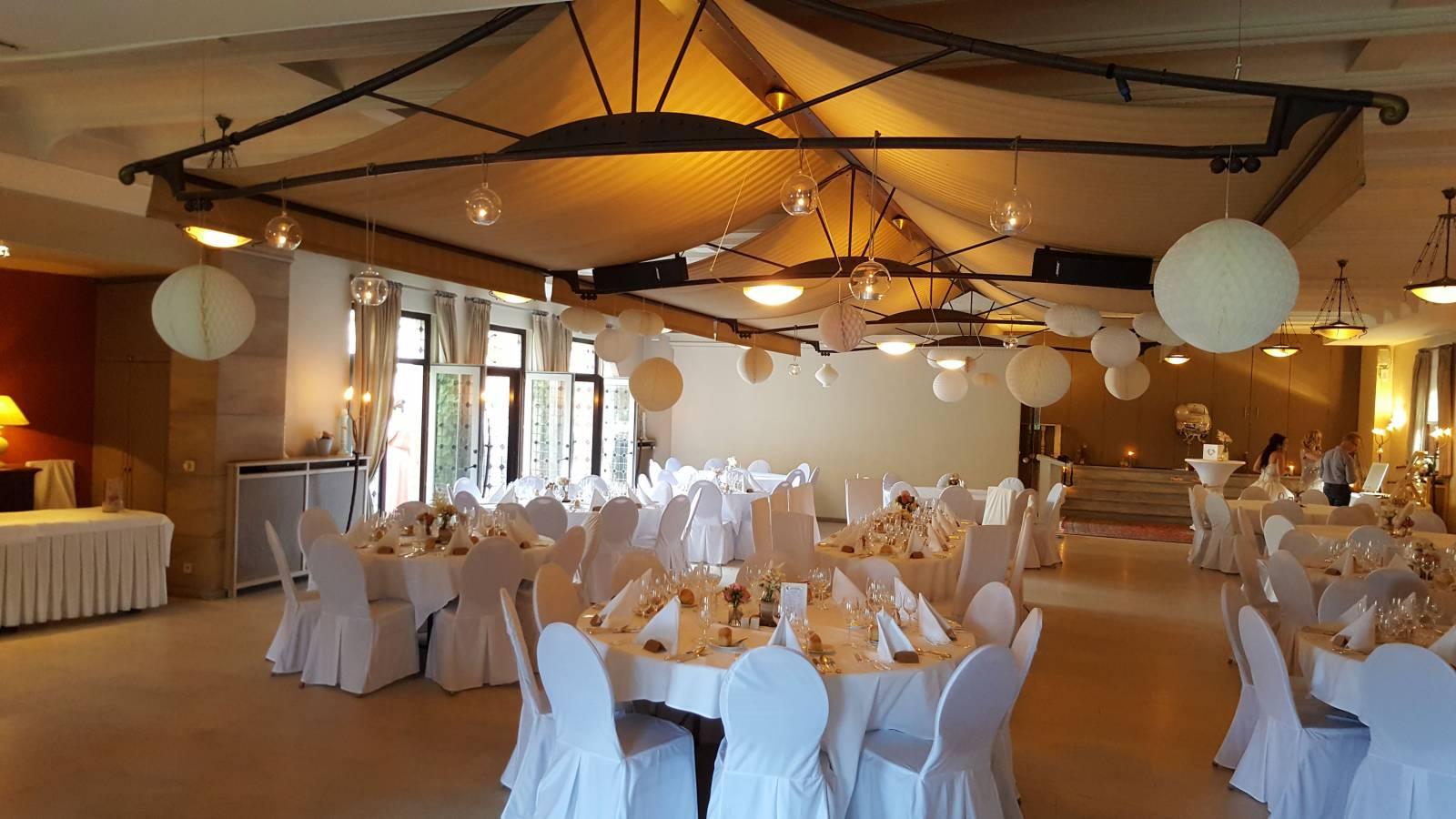 Feestzaal Hof Van Reyen Zaal Brouwerij Boechout (7) - House of Weddings