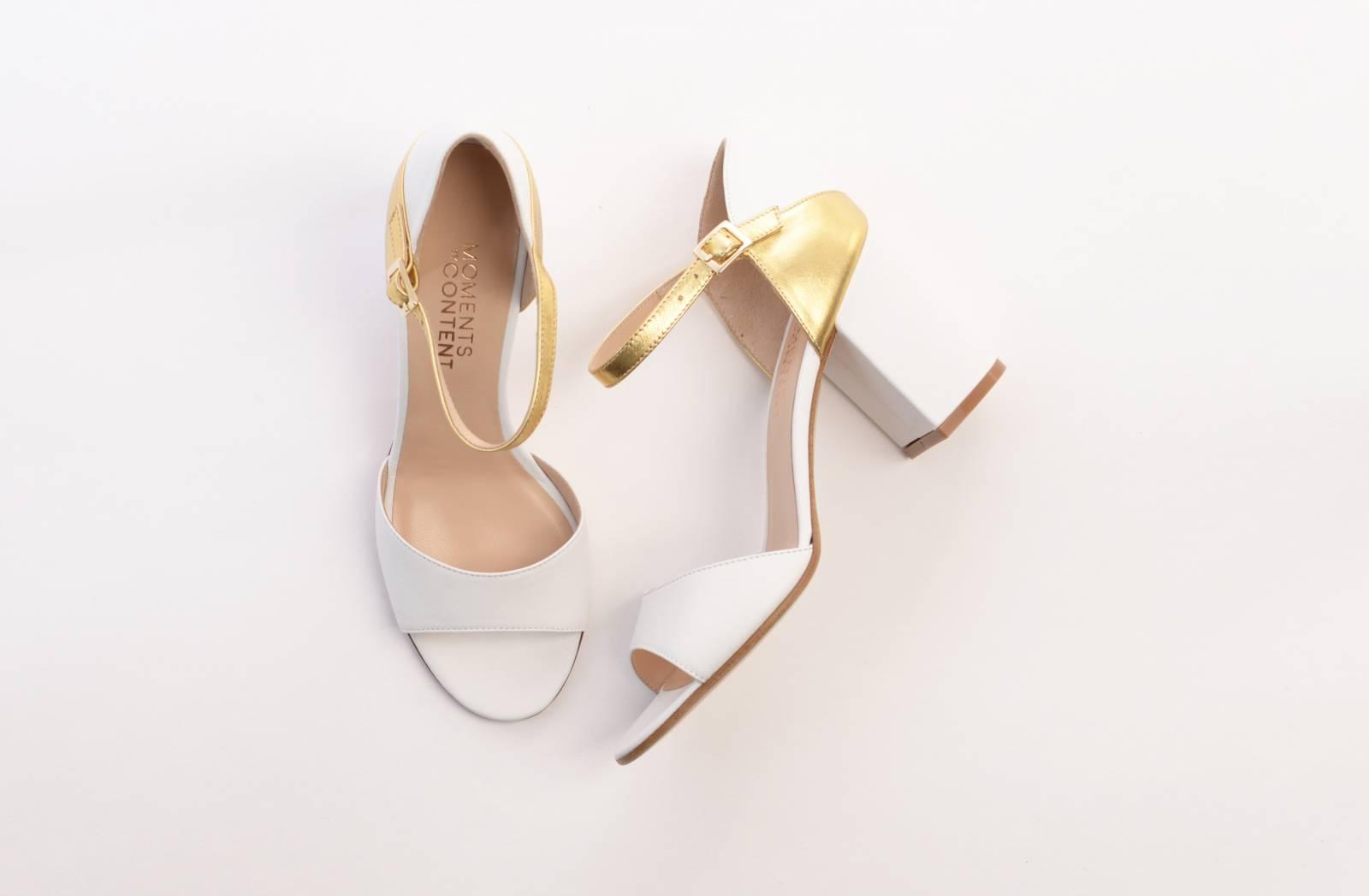 FLORA-whitegold-topside