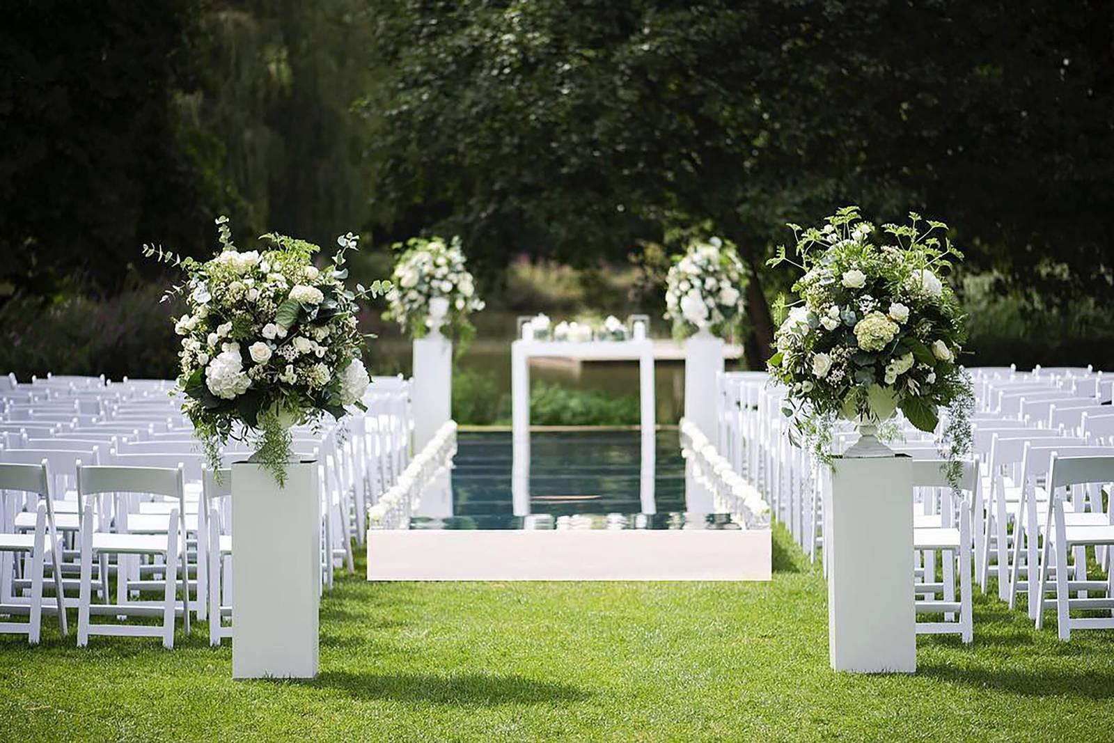 Floral Artists - Bloemen huwelijk trouw bruiloft - Bruidsboeket - Bloemendecoratie - House of Weddings - 27