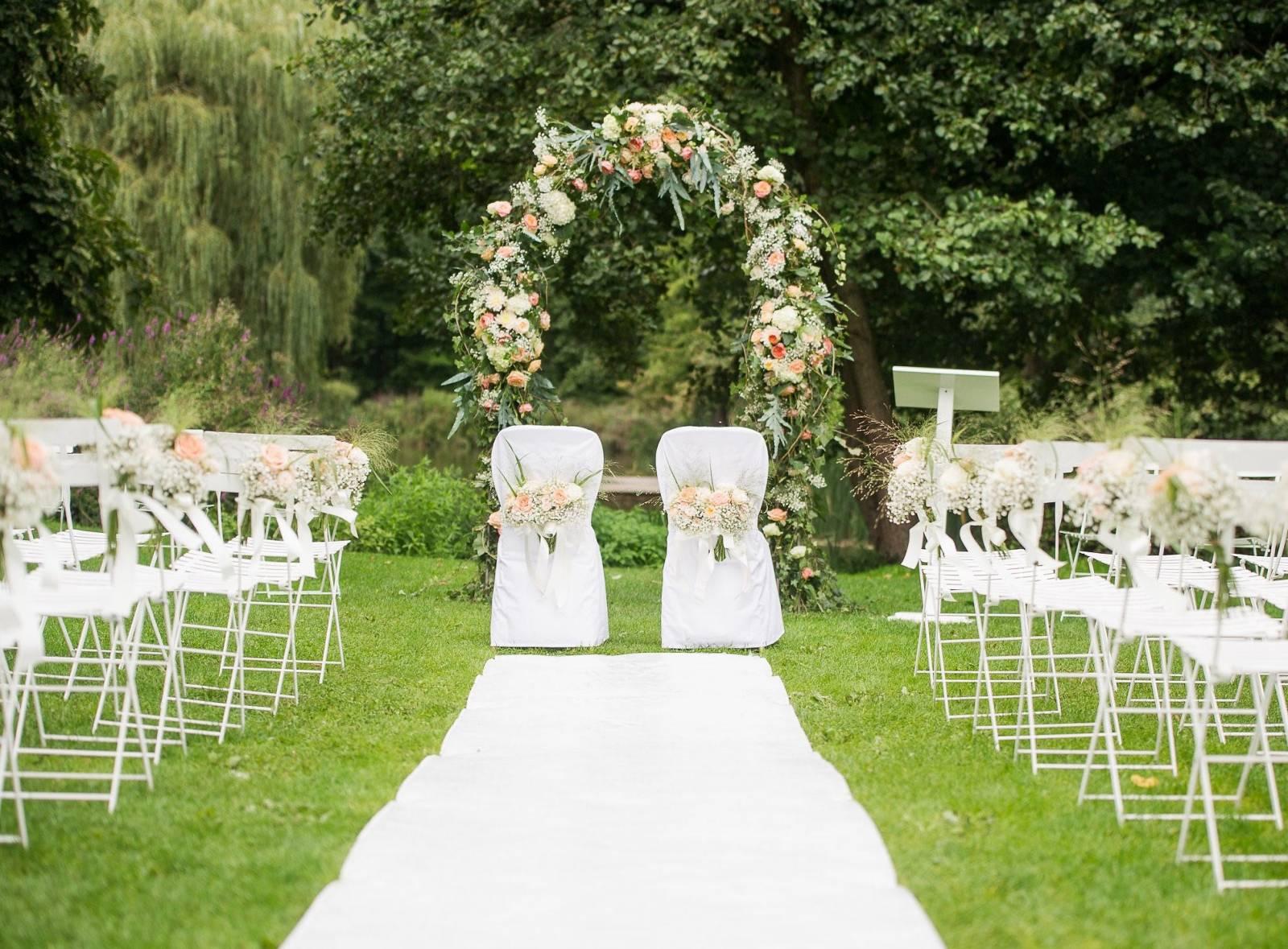 Floral Artists - Bloemen huwelijk trouw bruiloft - Bruidsboeket - Bloemendecoratie - House of Weddings - 31