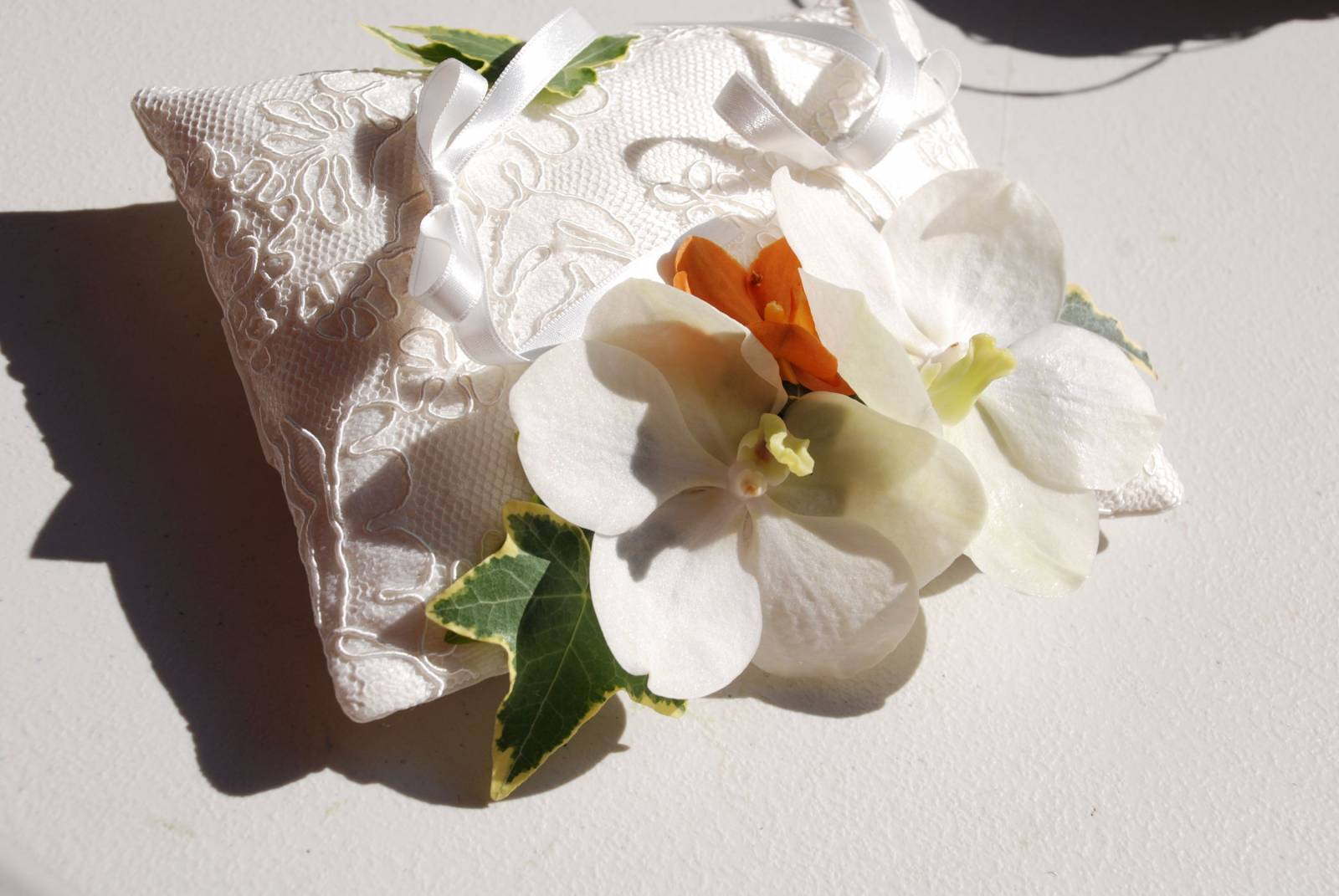 Floral Artists - Bloemen huwelijk trouw bruiloft - Bruidsboeket - Bloemendecoratie - House of Weddings - 4