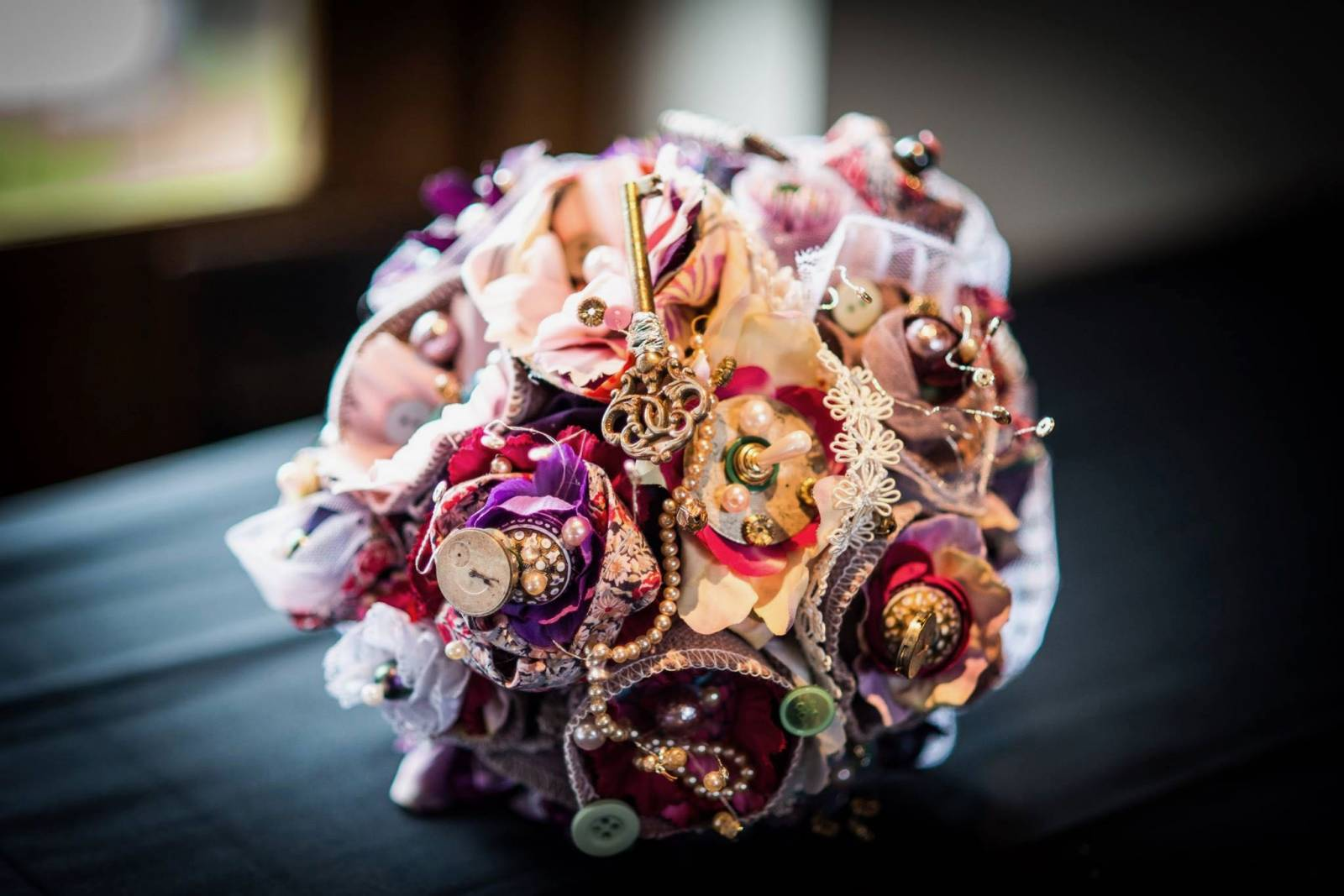 Floral Artists - Bloemen huwelijk trouw bruiloft - Bruidsboeket - Bloemendecoratie - House of Weddings - 6