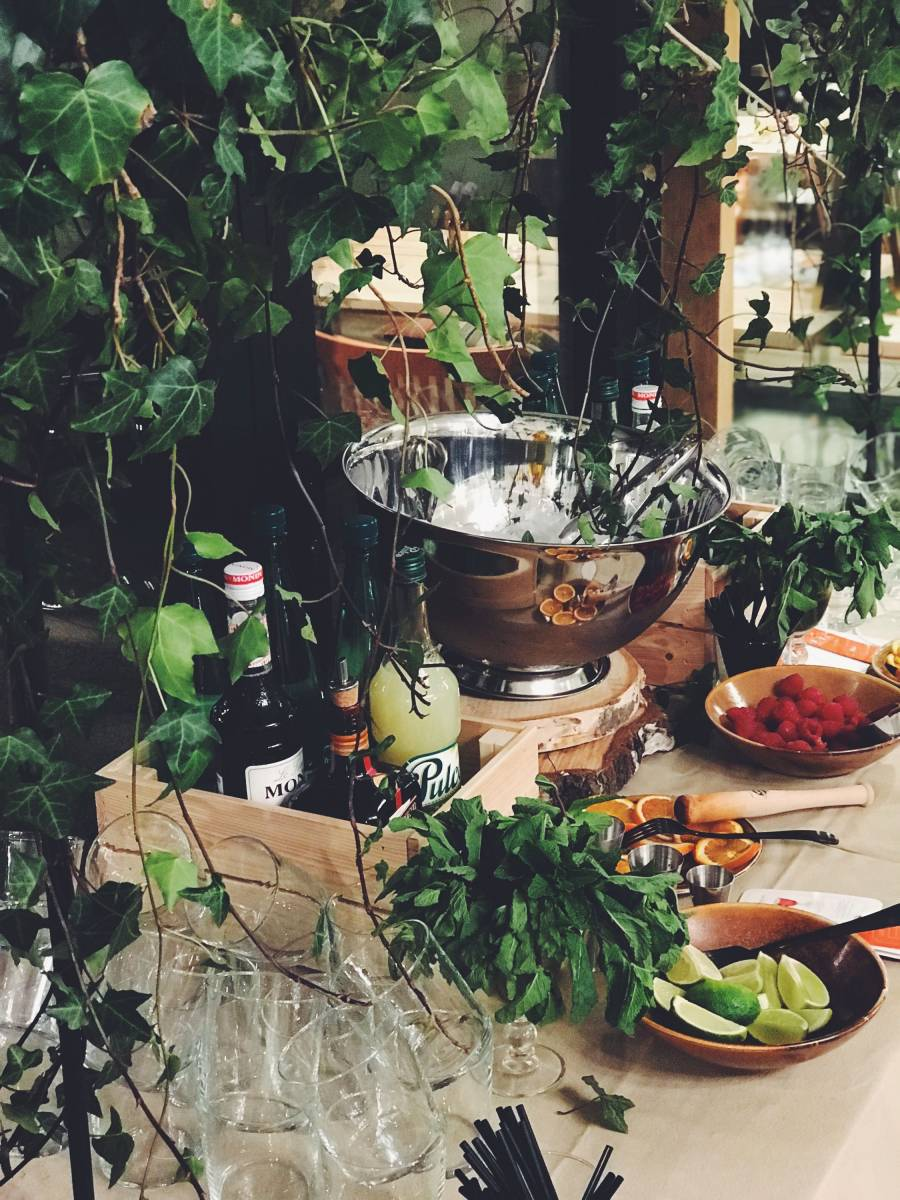 Greenhouse Styling Bar - bachelor - House of Weddings - 12