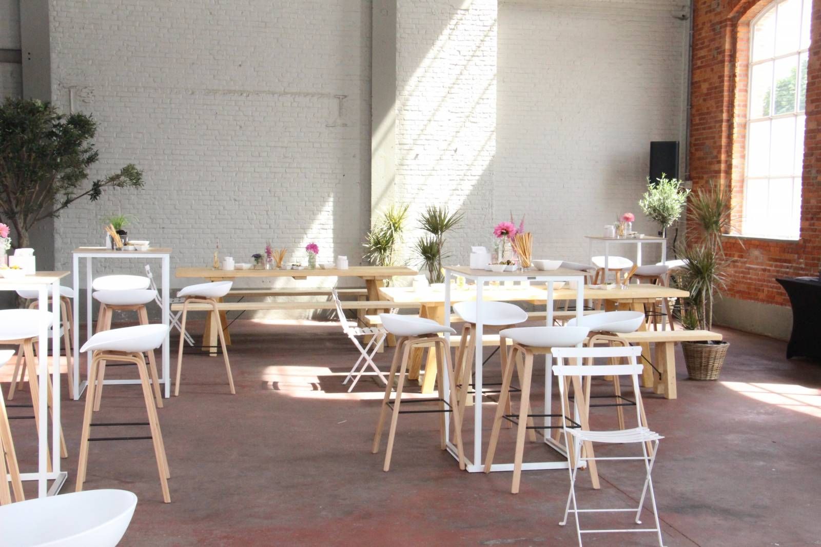 Hangar 43 - Feestzaal Oost-Vlaanderen - Industrieel - House of Weddings - 19