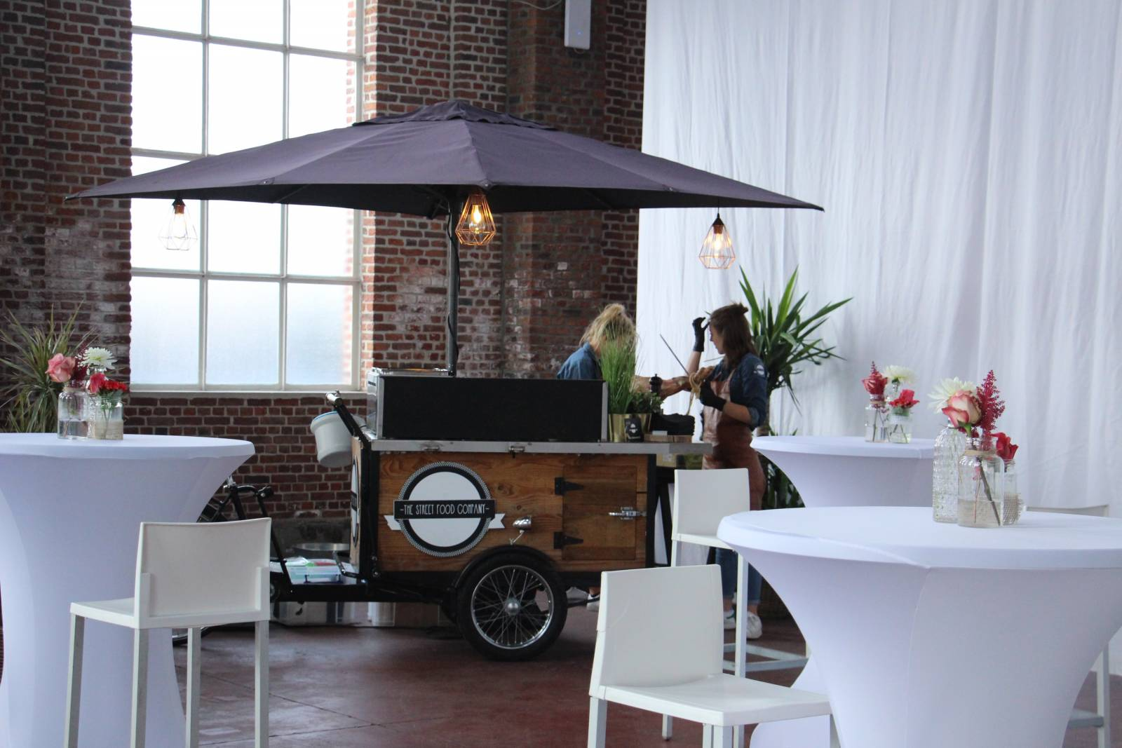 Hangar 43 - Feestzaal Oost-Vlaanderen - Industrieel - House of Weddings - 31