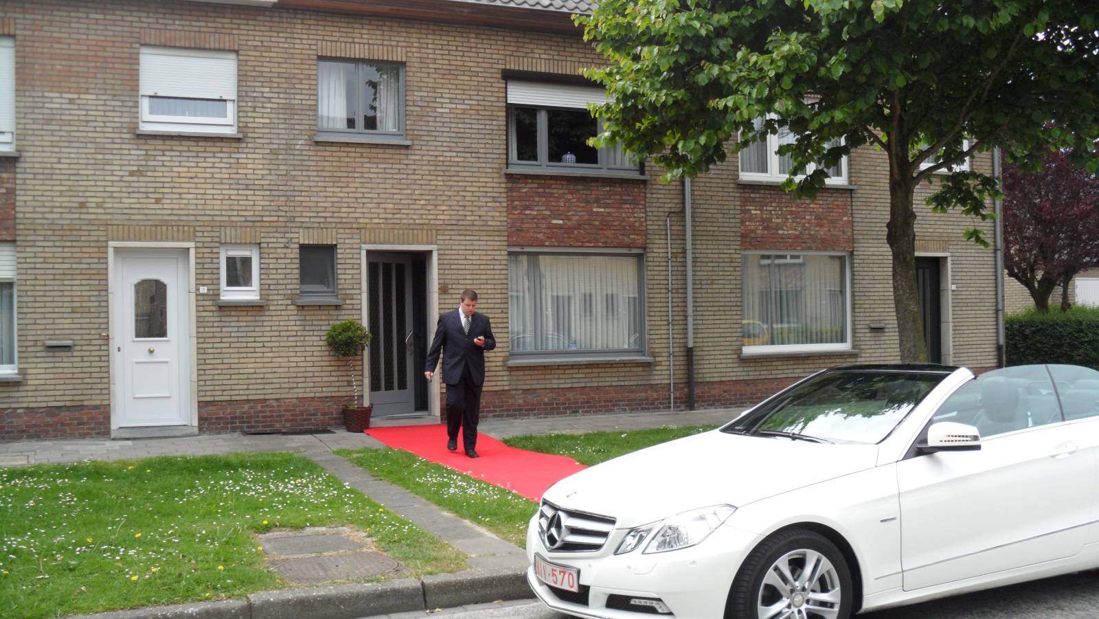 House of Weddings Ceremonie Schoonbaert Trouwvervoer Rode Loper Ceremoniemeester West-Vlaanderen (3)