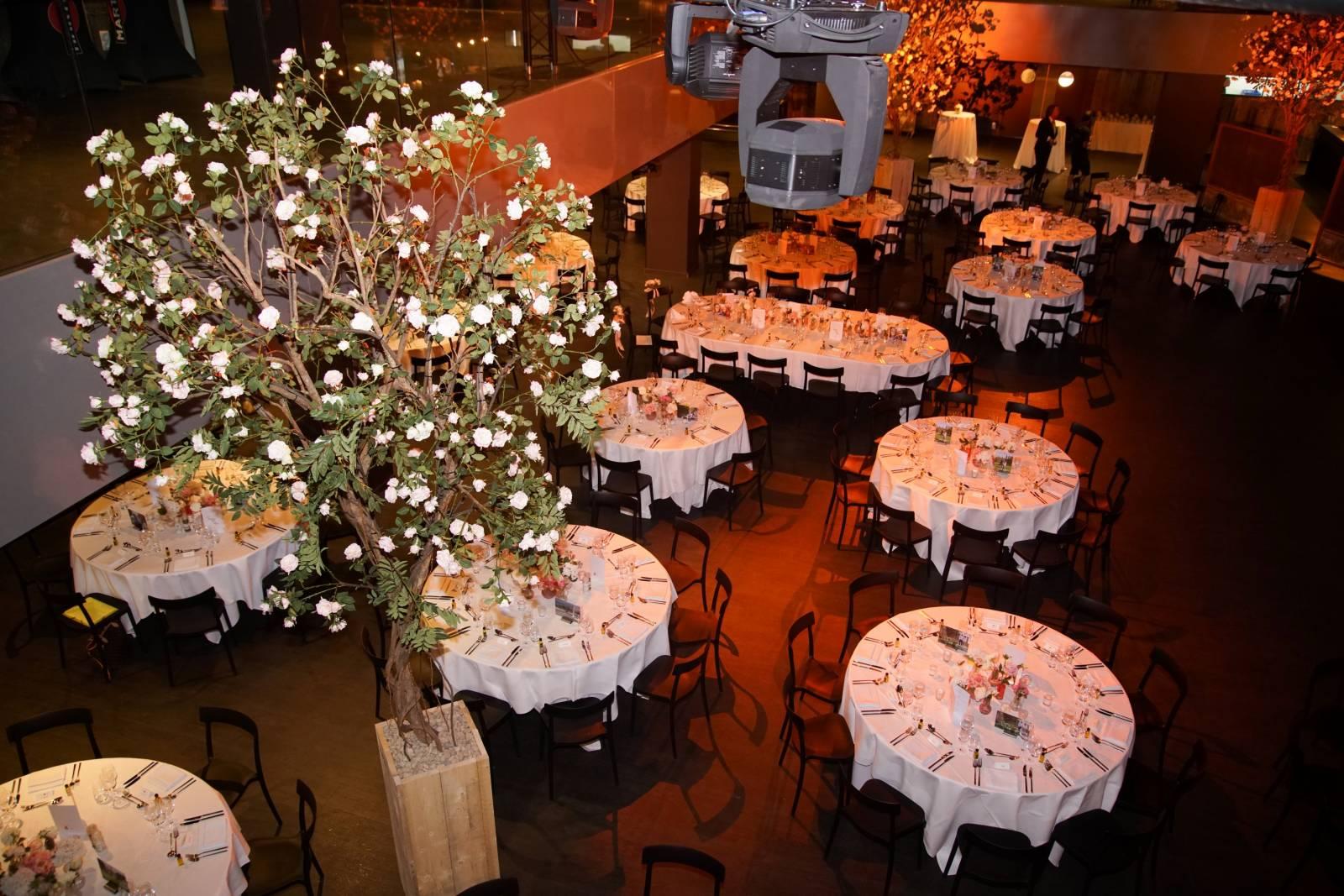 House of Weddings Versluys Arena KVO feestzaal dansfeest huwelijk west-vlaanderen 400 personen (7) (Custom)