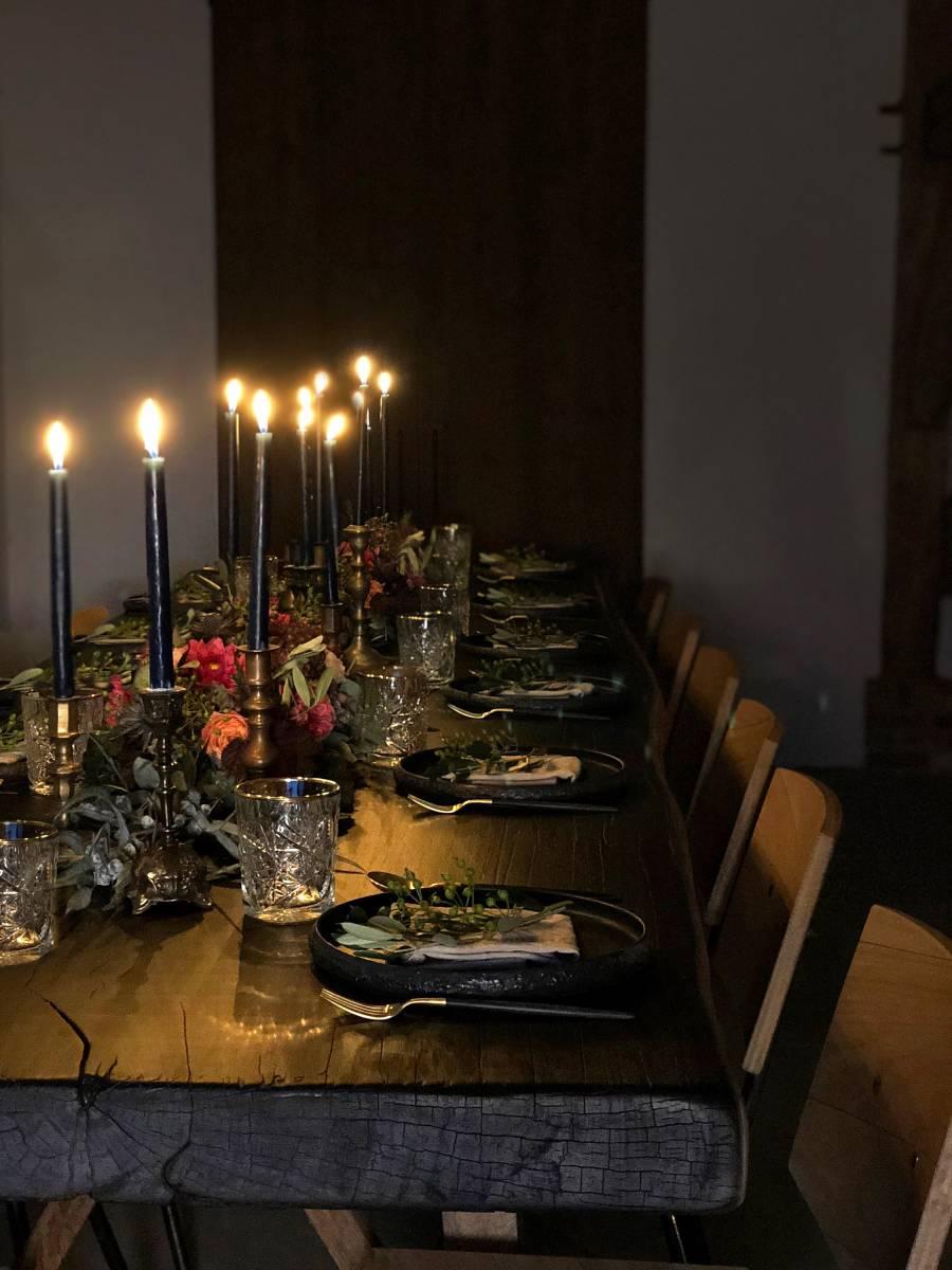Houtambacht - Eiken Stamtafel - Decoratie - Verhuur materiaal - Huwelijk Trouw Bruiloft - House of Weddings - 13
