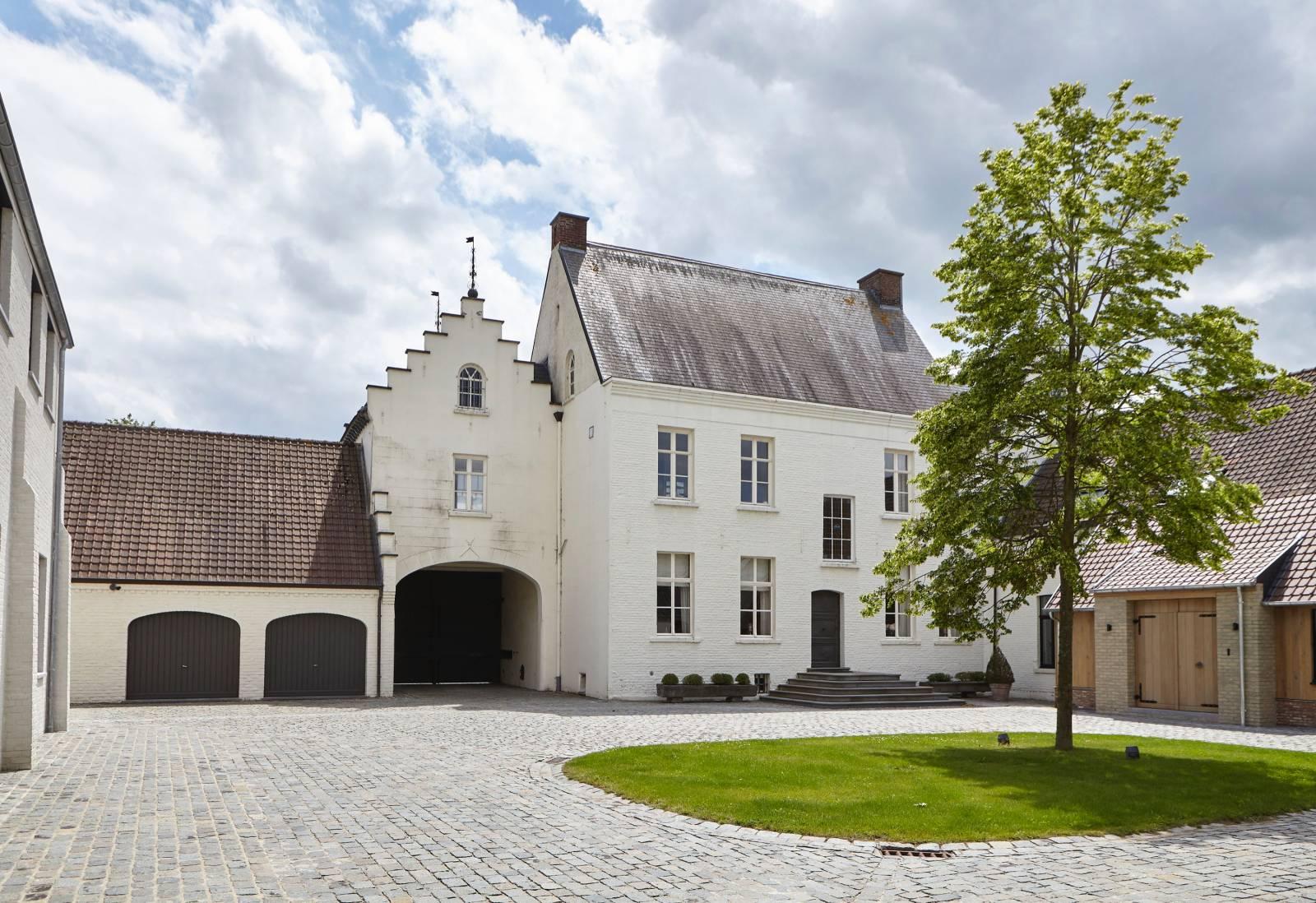 Hove van Herpelgem - Feestzaal Kluisbergen - Trouwzaal - House of Weddings - 11