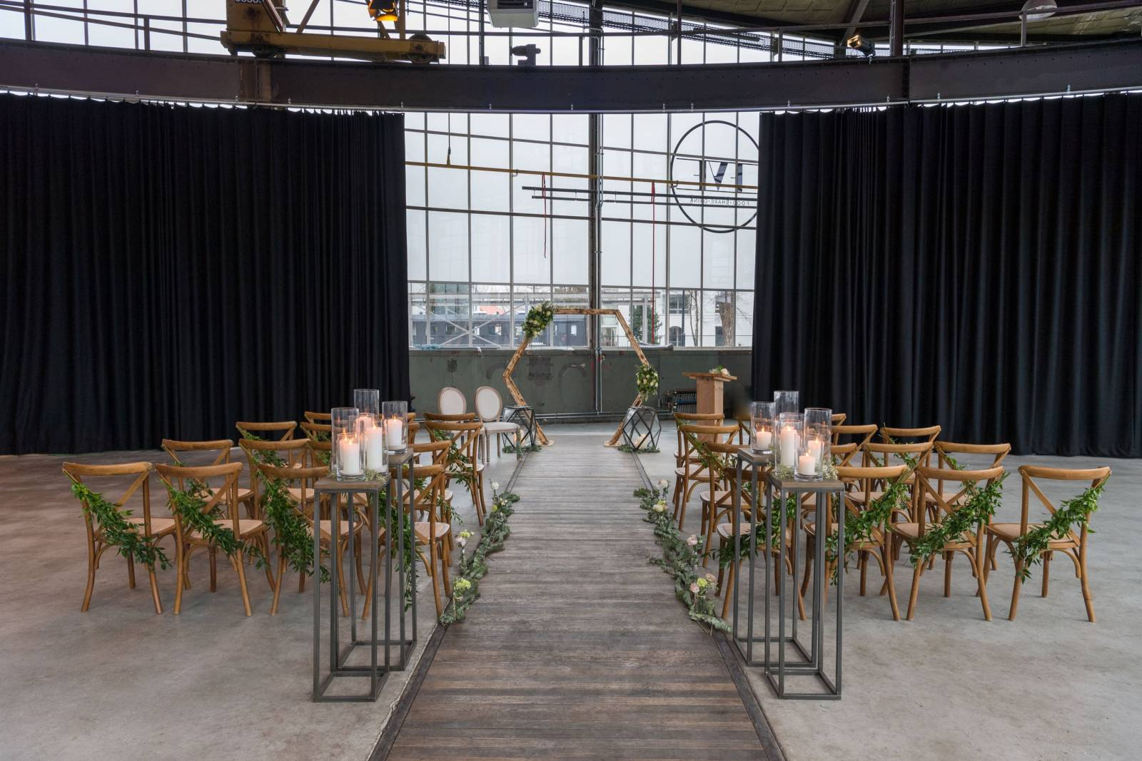 In Style Styling & Decoraties - Trouwdecoratie - Verhuurbedrijf - Wedding Design - House of Weddings - 16