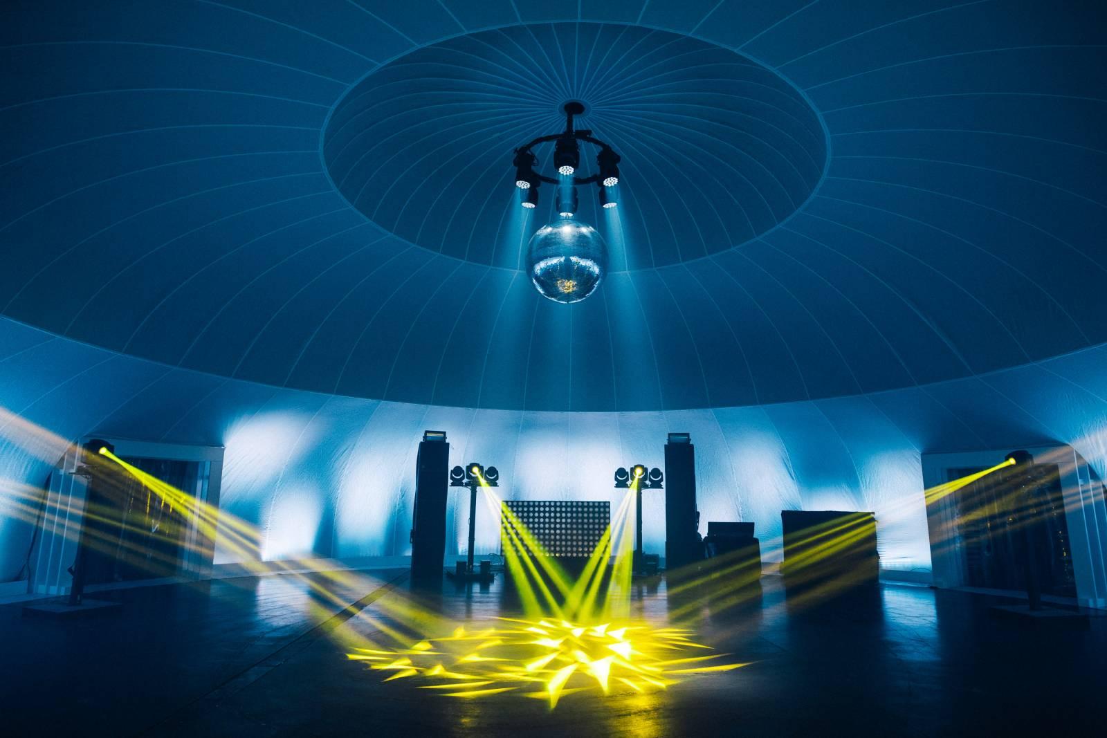 Insphere supersize indoor feesttent trouwlocatie huwelijk house of weddings (8)
