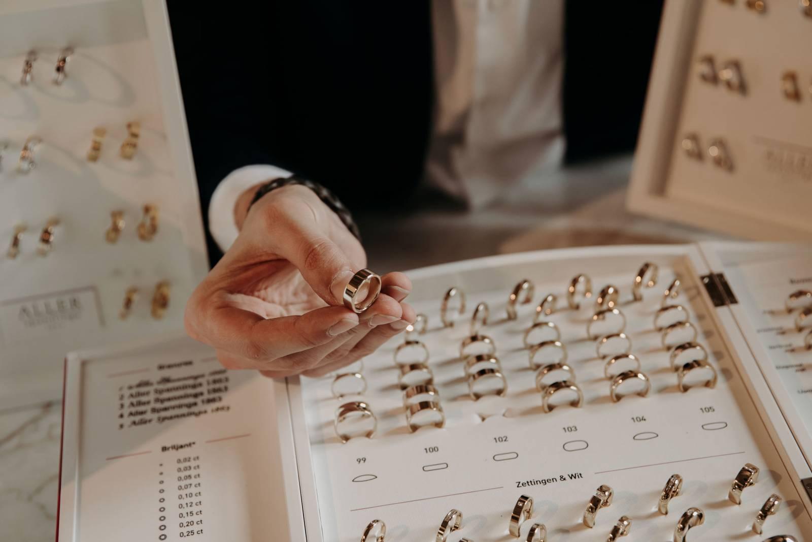 Jewels by Christiaan Van Bignoot - House of Weddings - 19