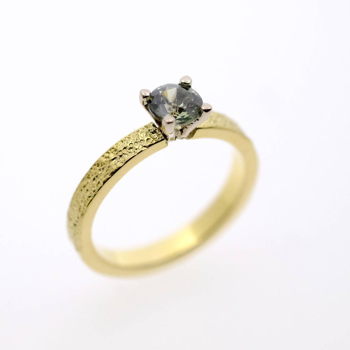 Jonas Maes Jewels - Juwelen - Bruidsjuwelen - Verlovingsring - Trouwring - House of Weddings - 29
