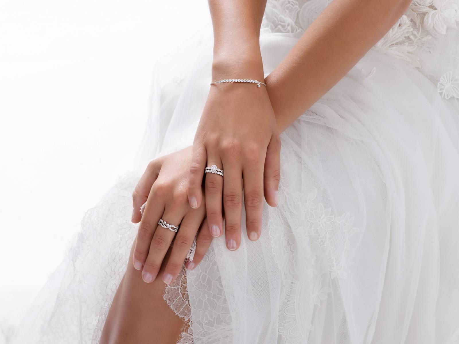 Juwelier Martens - Verlovingsringen - Trouwringen - Juwelen huwelijk - House of Weddings - 14