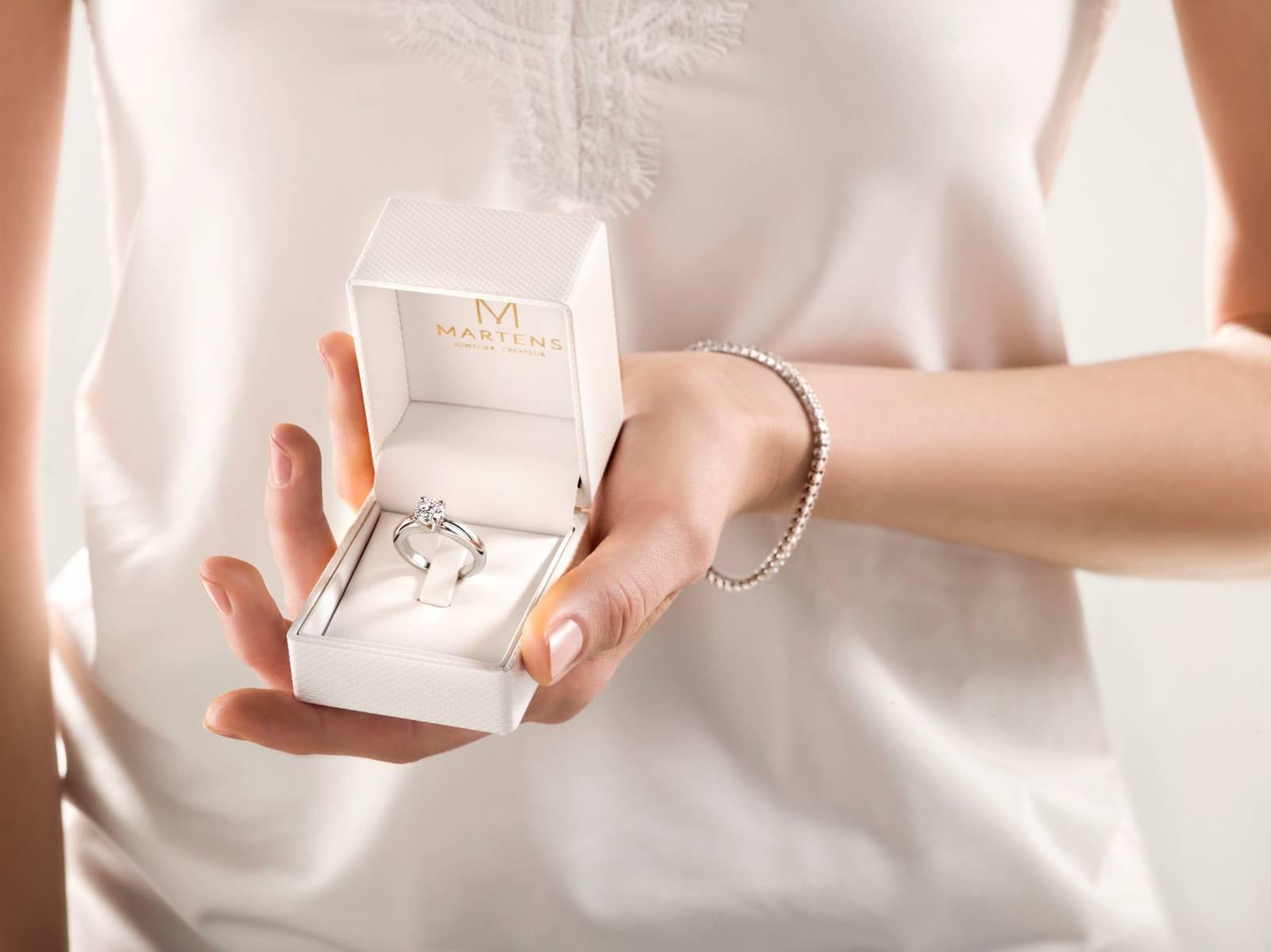 Juwelier Martens - Verlovingsringen - Trouwringen - Juwelen huwelijk - House of Weddings - 9
