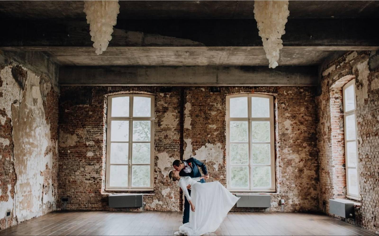 Kasteel van Ingelmunster - Feestzaal - Fotograaf Lux photography - House of Weddings (21)
