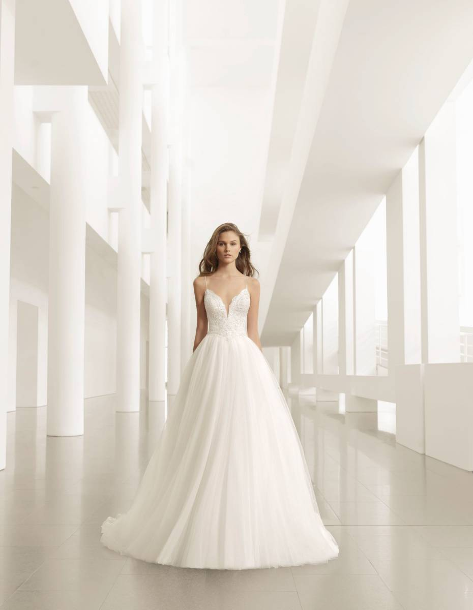 La Sposa - clothing - House of Weddings - 17