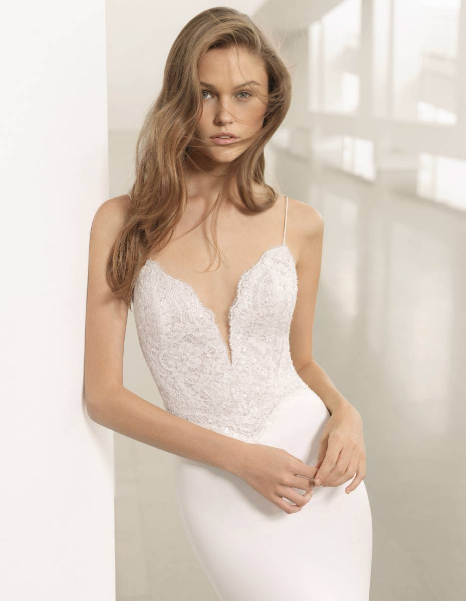 La Sposa - clothing - House of Weddings - 18