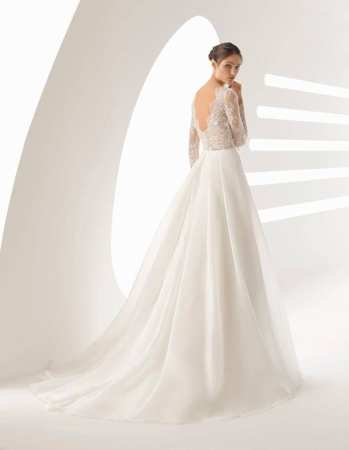 La Sposa - clothing - House of Weddings - 3