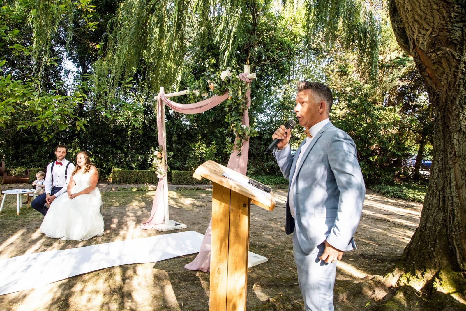 Live 4 Love - Ceremoniespreker - House of Weddings - 10