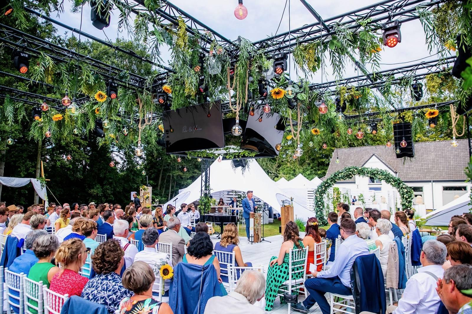 Live 4 Love - Ceremoniespreker - House of Weddings - 31