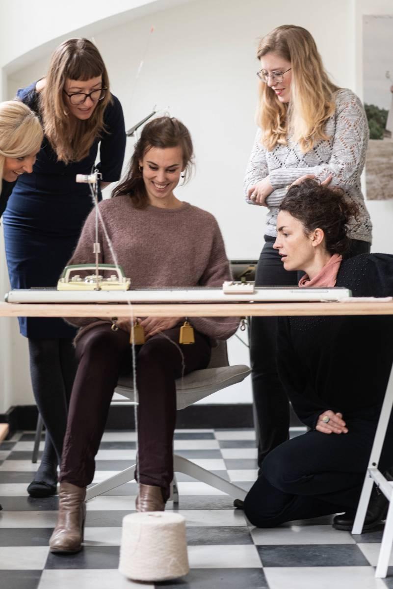 Lotte Van Huyck - Bridal Knitwear - Sjaals - Bridal workshop - Vrijgezellen activiteit - House of Weddings - 11